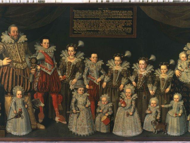 MHK_August Erich_Landgraf Moritz mit Juliane von Nassau-Dillenburg mit  14 Kindern_1618-28_Foto Ute Brunzel_GAM10205.jpg