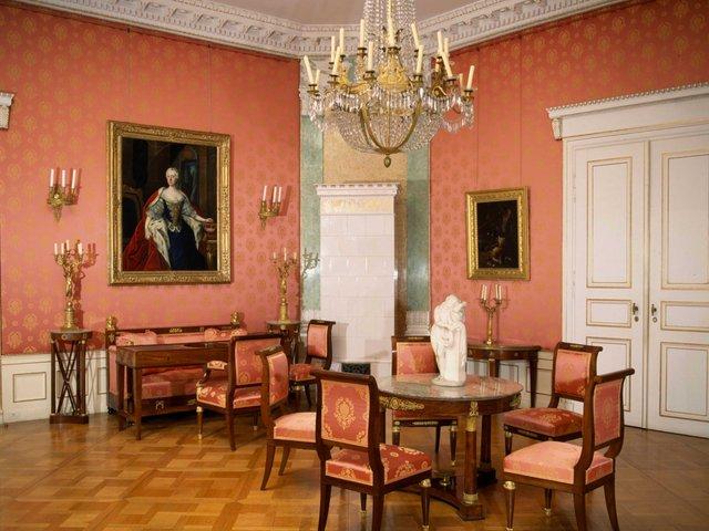 MHK_Schloss Wilhelmshöhe_Weißensteinflügel_ Roter Salon_MA11473.jpg