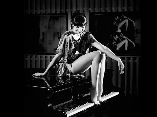 Anna Depenbusch.jpg
