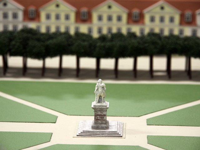 Modell vom Friedrichsplatz © Stadtmuseum Kassel  Jessica Wernhardt.jpg