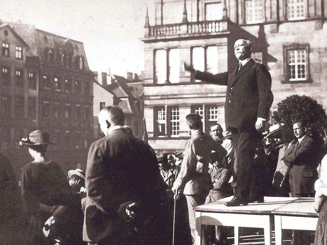 1918 © Stadtmuseum.jpg