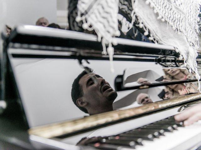Aeham Ahmad © Nassauischer Kunstverein Wiesbaden.jpg