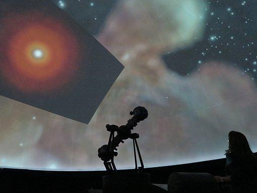 MHK_Sternengeburt im Sternenbild Orion_Planetarium_c_Laura Winter.jpg