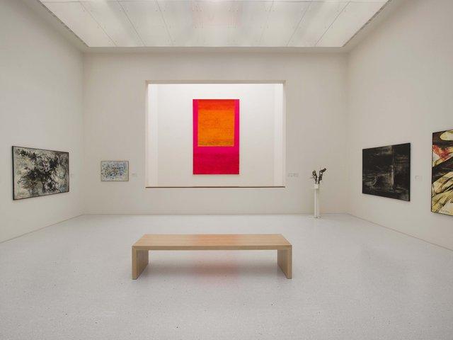 MHK_Neue Galerie mit Blick auf Rupprecht Geiger Goulimine © Volker Straub.jpg