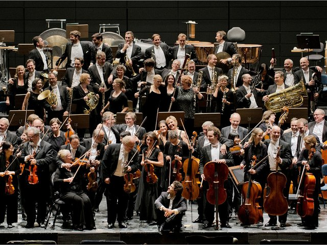 Staatsorchester + Francesco Angelico (c) Giancarlo Pradelli - Kopie.jpg